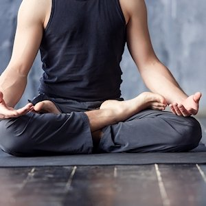 Meditatie kleding heren